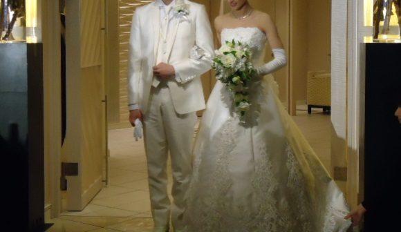 婚活パーティーでアラフィフ女性がモテる服装はこれ 春秋